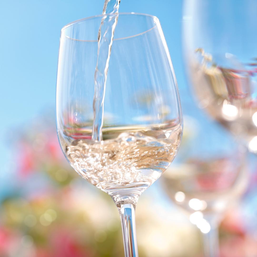 Wine Bar in Farmingdale